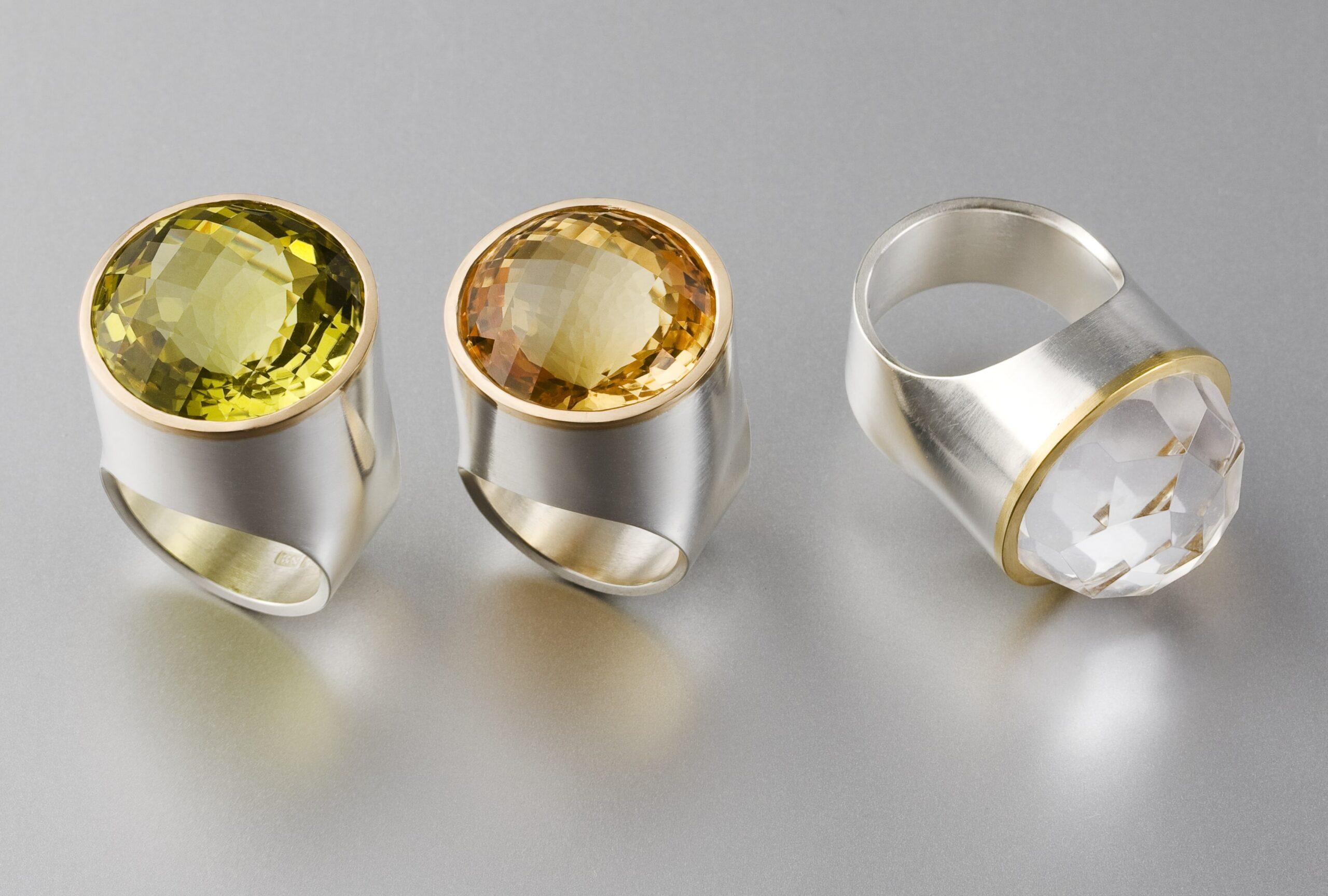 """Ringar, """"Skolring"""", silver, guld, berg- kristall, citrin och lemonkvarts."""