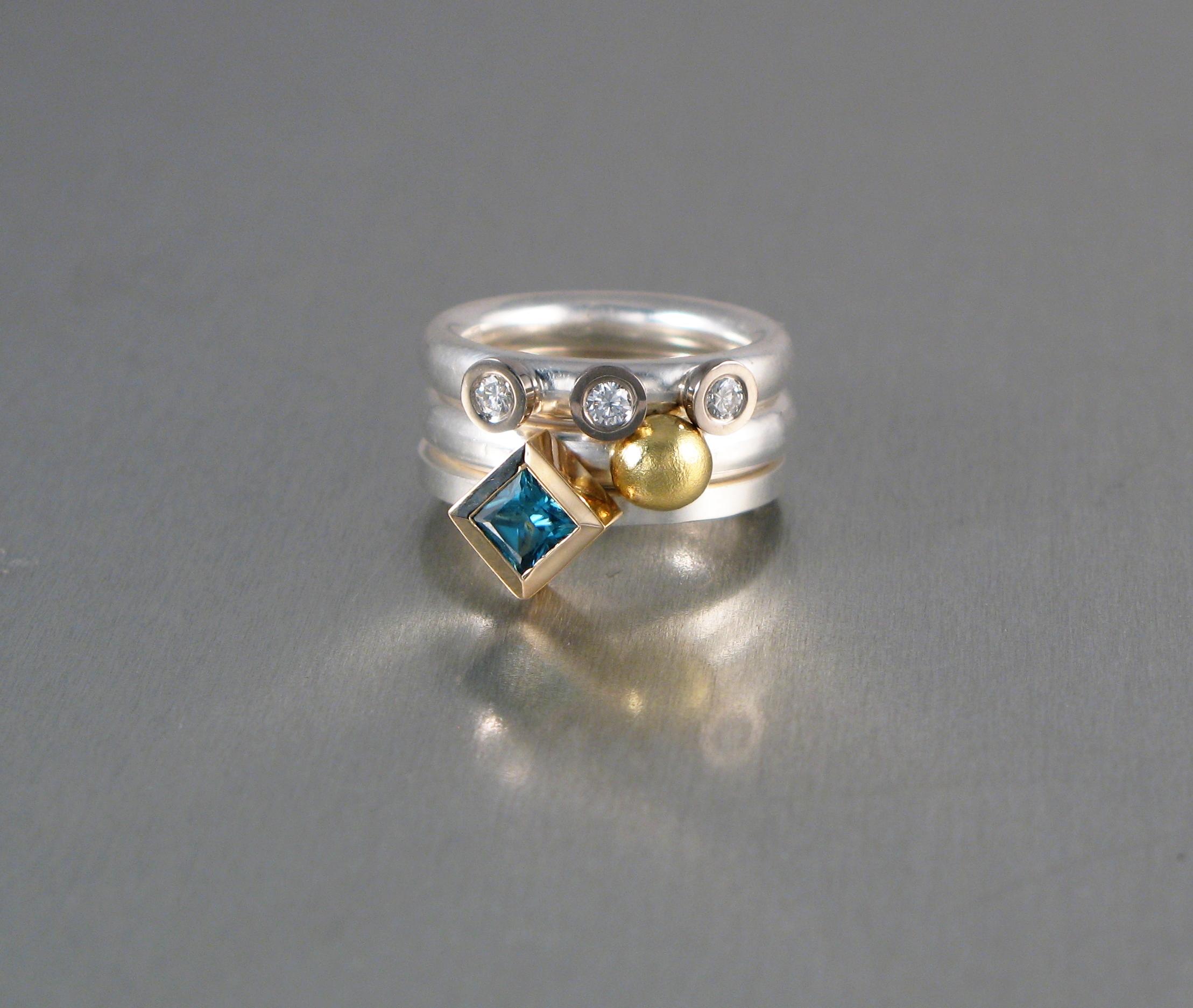Ringar, silver, vitt och rött guld, diamanter och zirkon