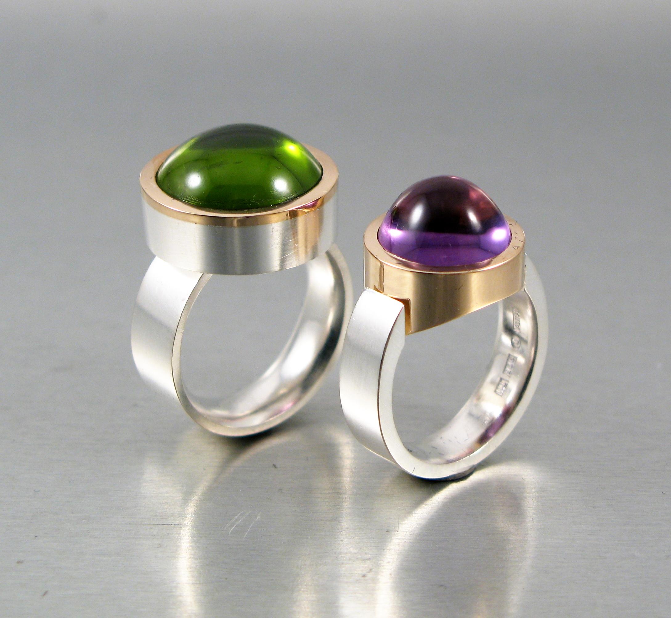 Ringar, silver och guld med peridot resp. ametist.