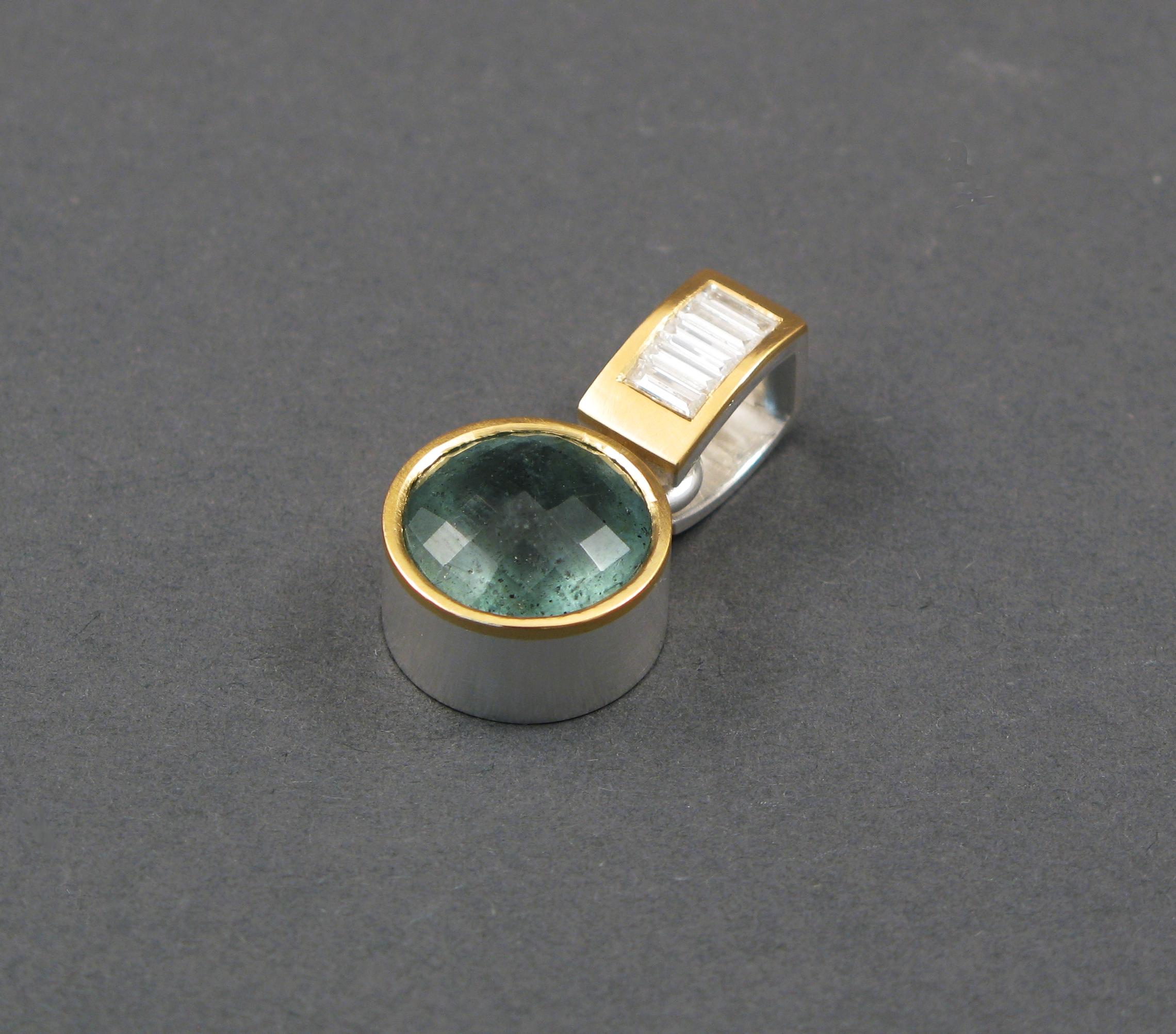 Hänge, silver, guld, diamanter och mossakvamarin