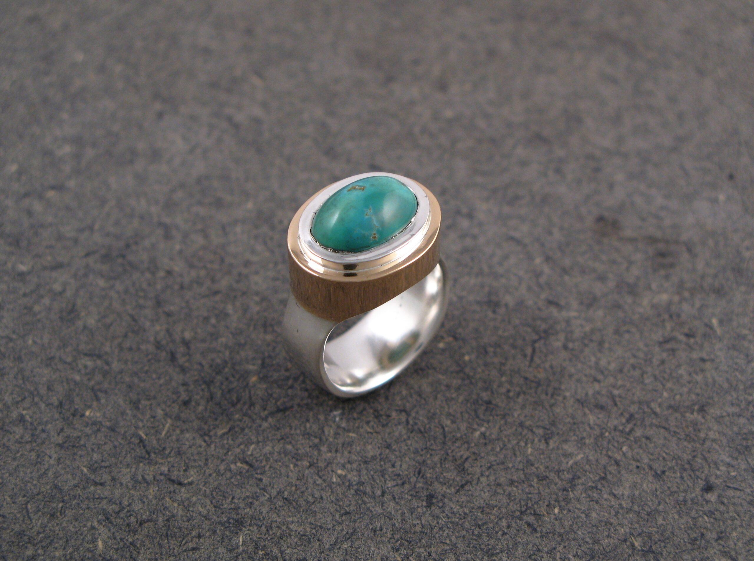 Ring, silver, guld och turkos.