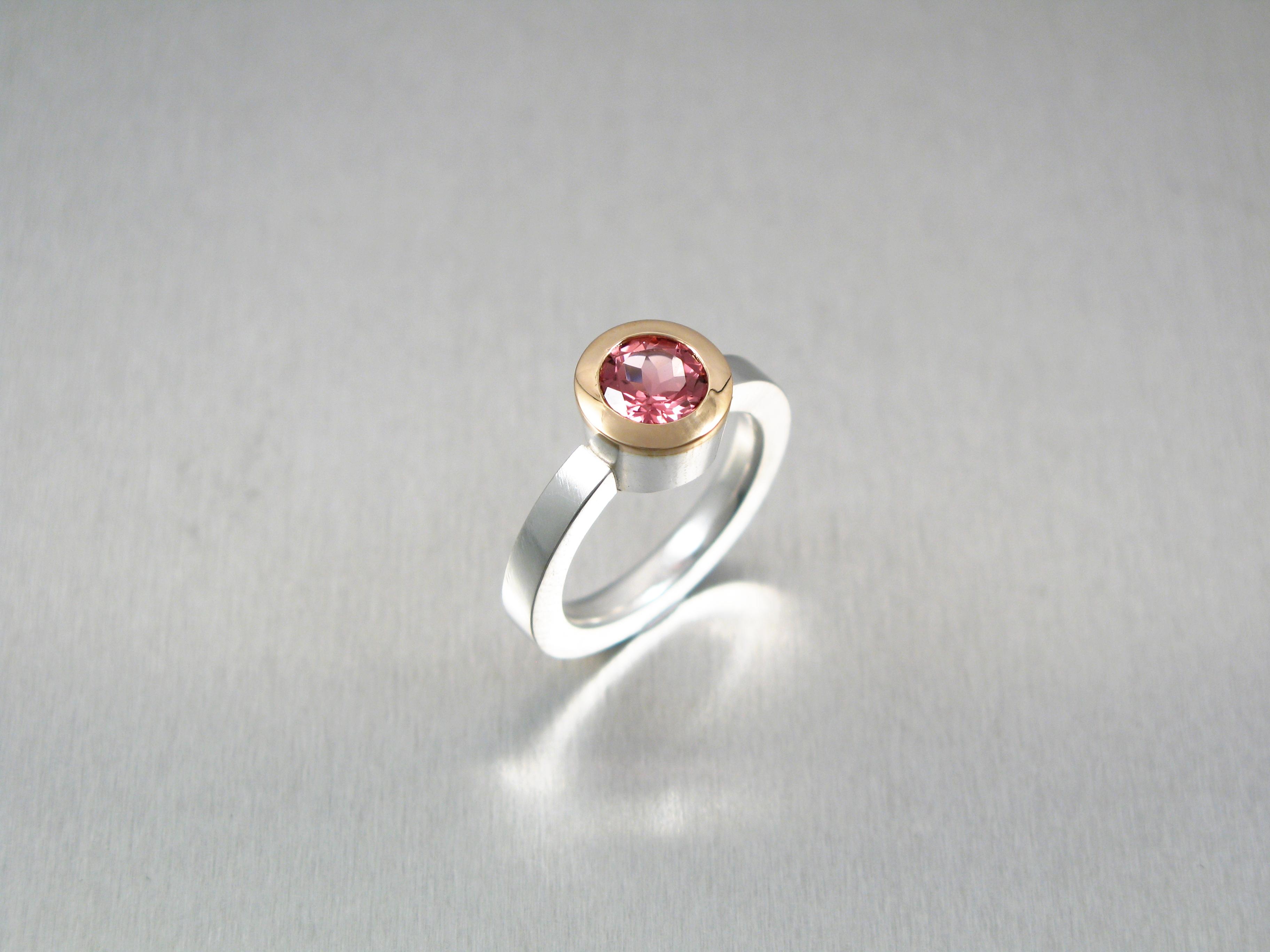 Ring, silver, guld och turmalin.